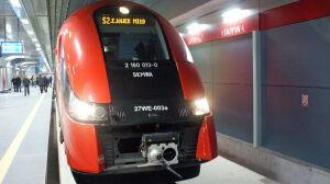 Pierwszy pociąg na stacji Lotnisko Chopina