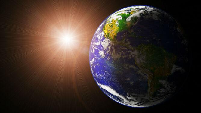 Ziemia kusi swoimi walorami. <br />Nie oprą się jej nawet kosmici