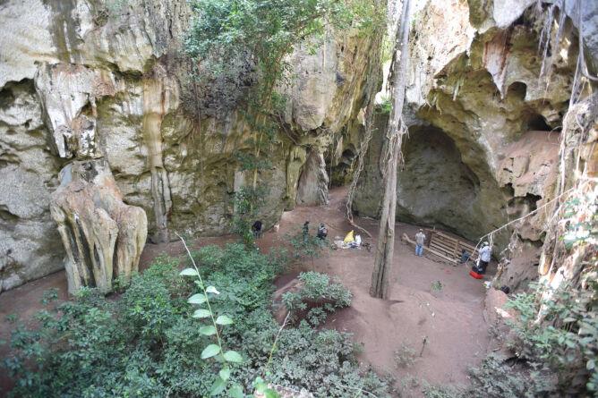 Jaskinia Panga ya Saidi, w której znaleziono najstarszy znany grób człowieka w Afryce (Mohammad Javad Shoaee)